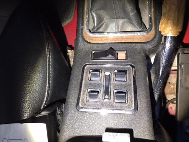 1976 Nissan Skyline GT-X console