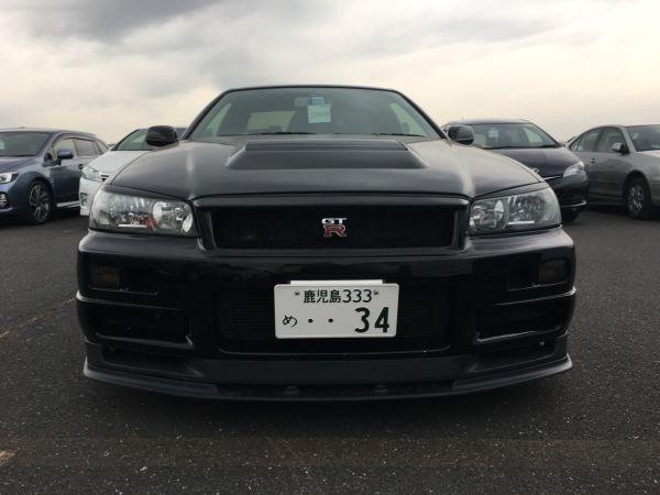 1999 Nissan Skyline R34 GT-R VSpec black front