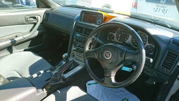 2000 Nissan Skyline R34 GTR VSpec interior
