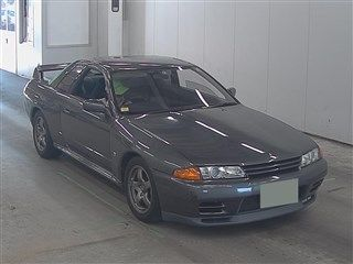 1990 Nissan Skyline R32 GT-R auction front