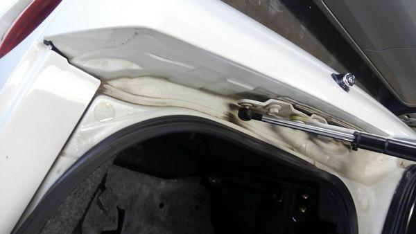 1995 Nissan Skyline R33 GTR VSpec boot 2