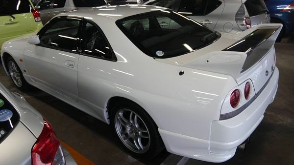 1995 Nissan Skyline R33 GTR VSpec left rear side
