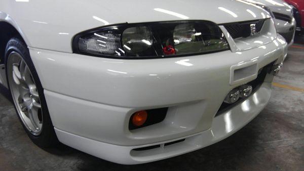 1995 Nissan Skyline R33 GTR VSpec right headlight