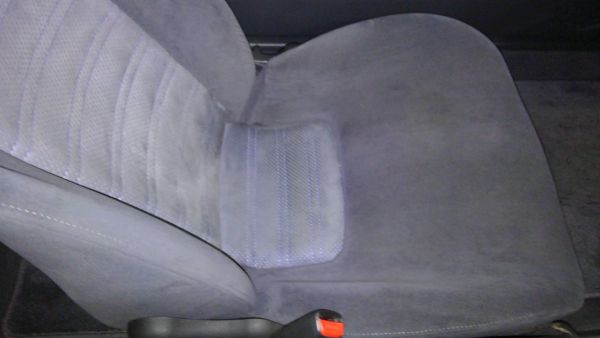 1995 Nissan Skyline R33 GTR VSpec seat 2