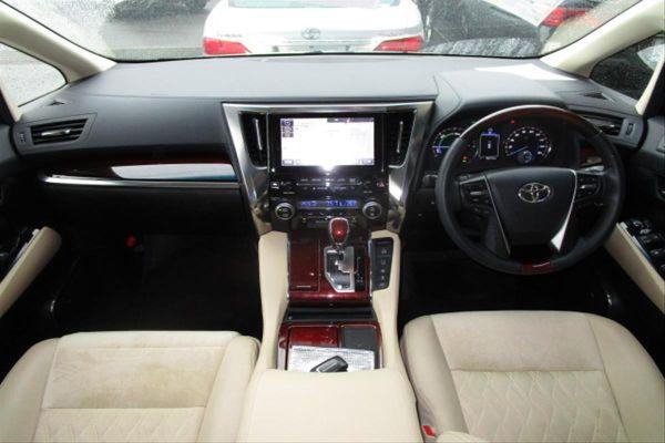 2015 Toyota Alphard Hybrid G Package 4WD 2.5L interior
