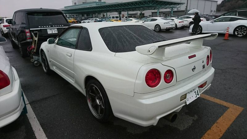 2001 Nissan Skyline R34 GT-R left rear