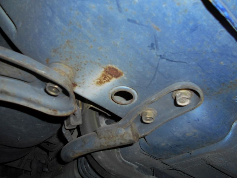 2001 R34 GTR VSpec II Bayside Blue underbody a