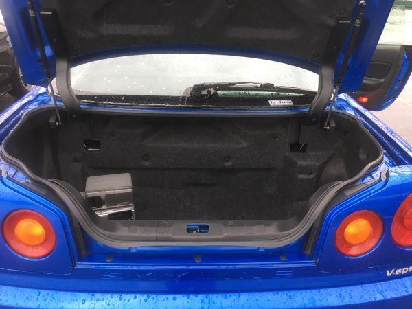 2002 Nissan Skyline R34 GT-R VSpec 2 boot