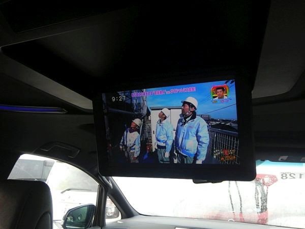 2015 Toyota Alphard HYBRID Executive Lounge 4WD 2.5L rear TV