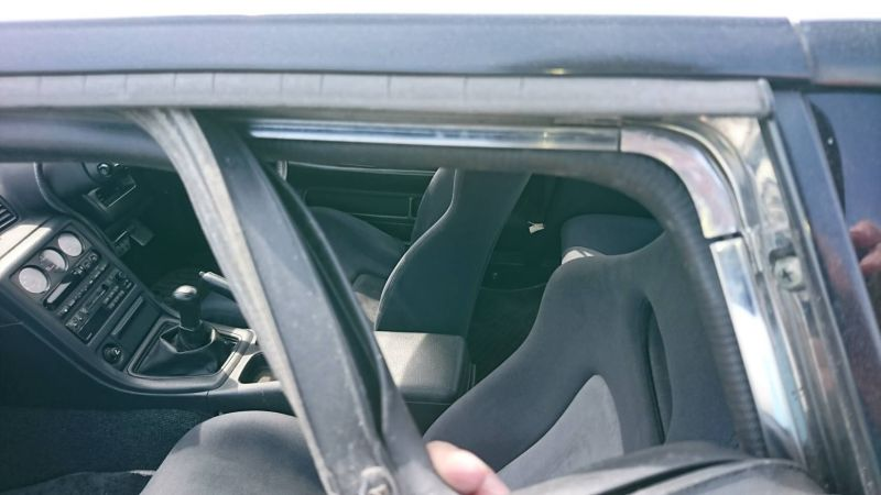 1994 Nissan Skyline R32 GT-R door seal