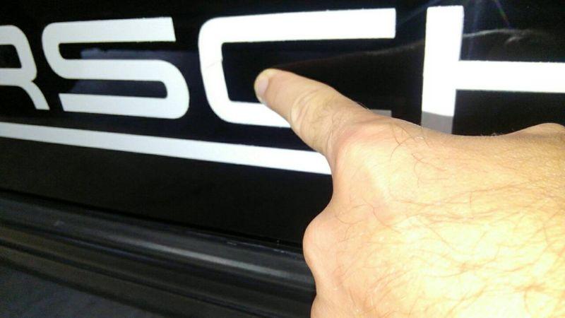 1976 PORSCHE 911 S Porsche logo
