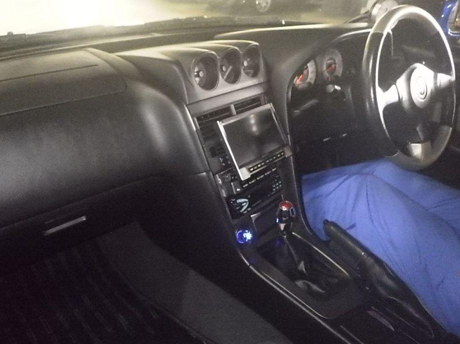 2001 Nissan Skyline R34 GT-T interior (2)