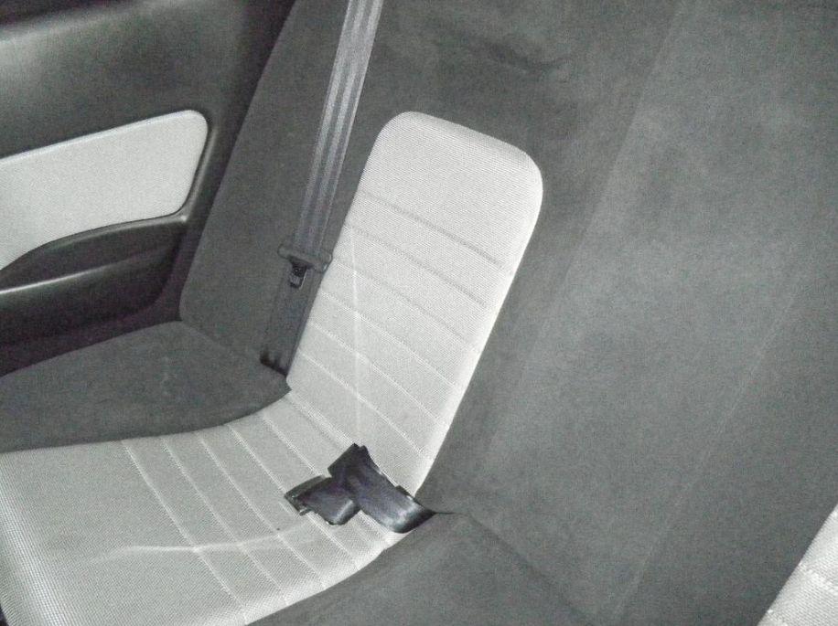 2001 Nissan Skyline R34 GT-T rear seat