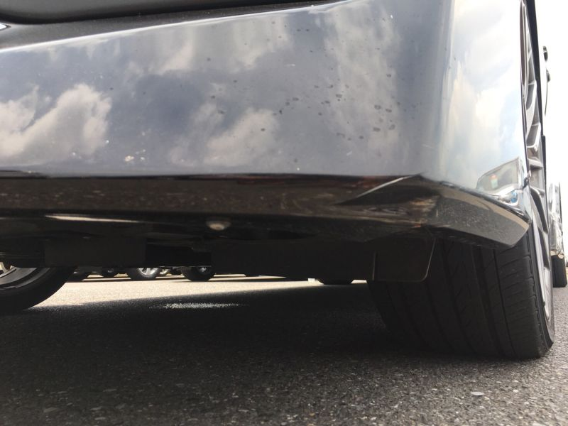 2015 Toyota Vellfire Hybrid Executive Lounge scratch