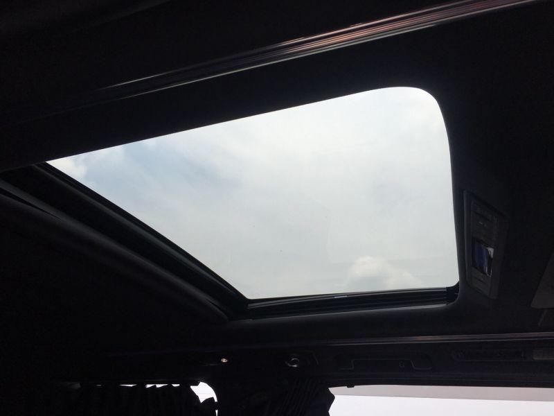 2015 Toyota Vellfire Hybrid Executive Lounge sunroof 2