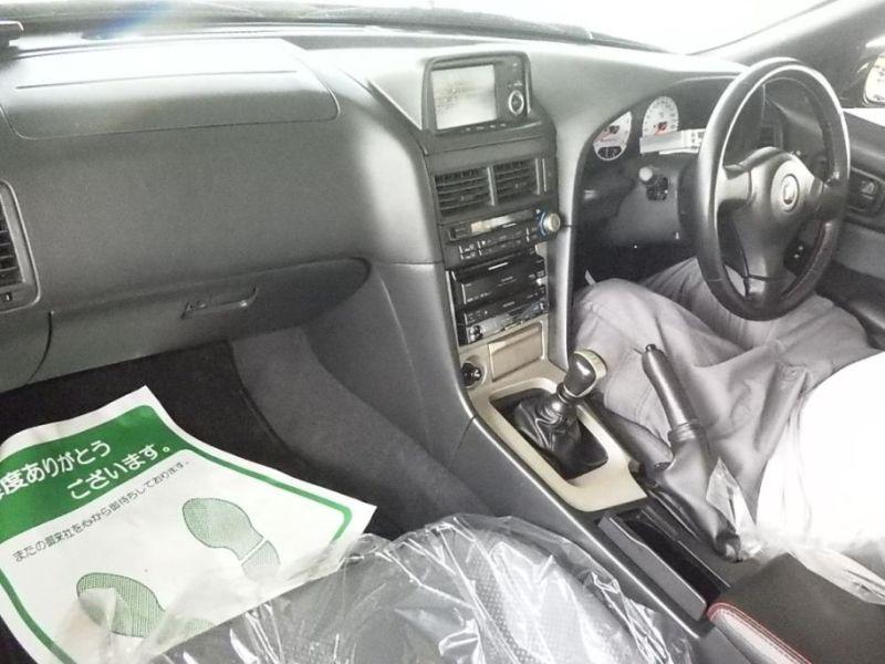 1999 R34 GTR VSpec Midnight Purple II LV4 auction interior
