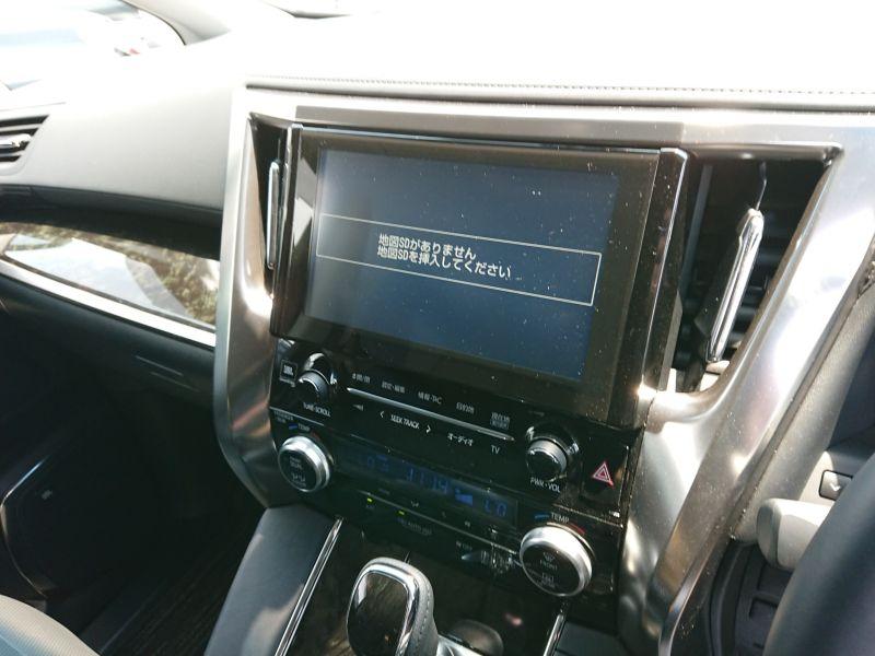 2017 Toyota Alphard Hybrid SR C Package TV screen