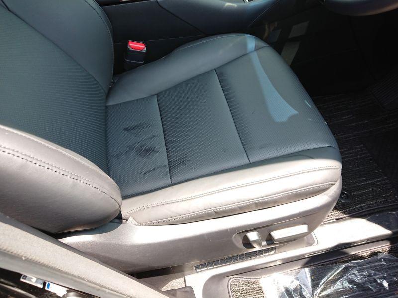 2017 Toyota Alphard Hybrid SR C Package drivers seat