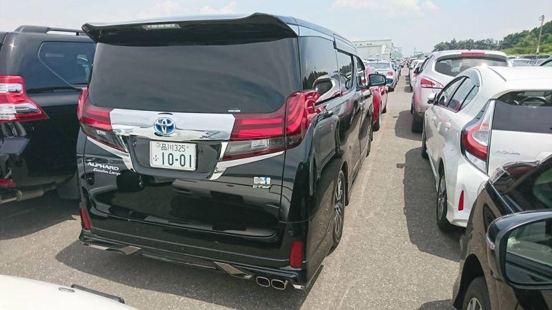 2017 Toyota Alphard Hybrid SR C Package right rear 2