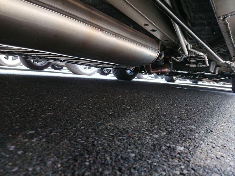 2017 Toyota Alphard Hybrid SR C Package underbody 5