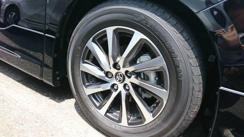 2017 Toyota Alphard Hybrid SR C Package wheel 2