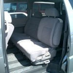 2001 Nissan Elgrand interior rear seat