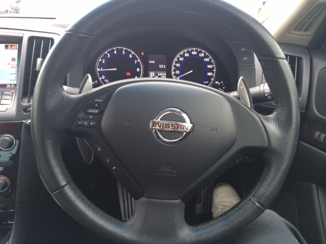 2011 Nissan Skyline V36 coupe 370GT Type SP steering wheel