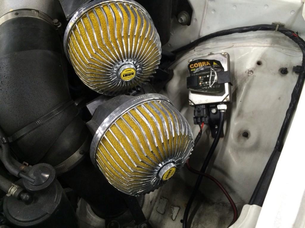 1995 Nissan Skyline R33 GTR VSpec air pods