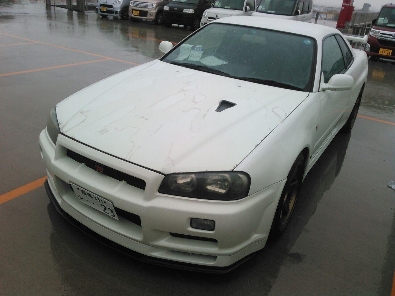2001 Nissan Skyline R34 GTR VSpec2 front