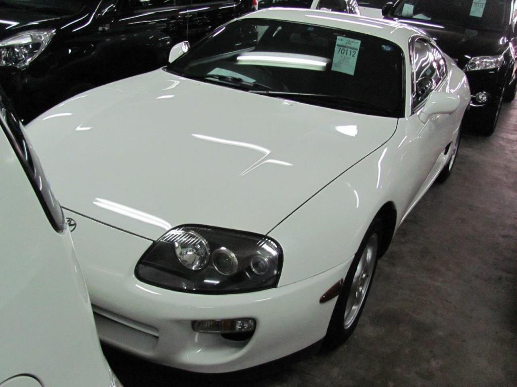 2001 Toyota Supra RZ-S 3L twin turbo front