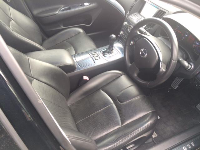 V36 sedan 350GT Type SP interior