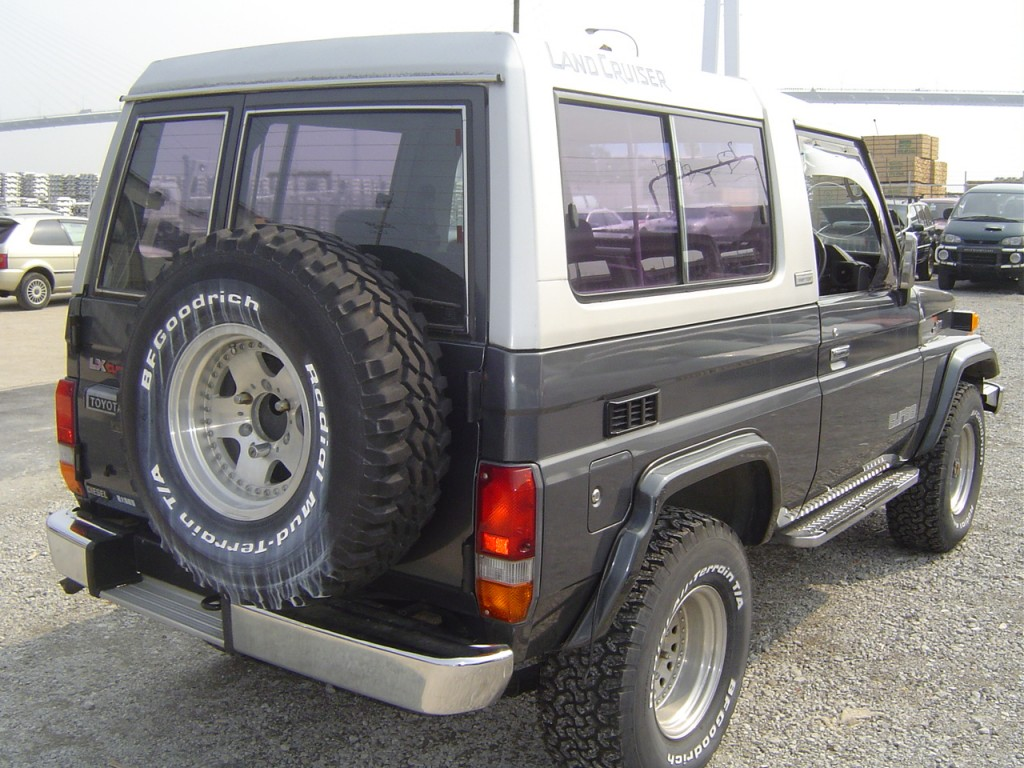 1989 Toyota Landcruiser BJ74 4WD rear
