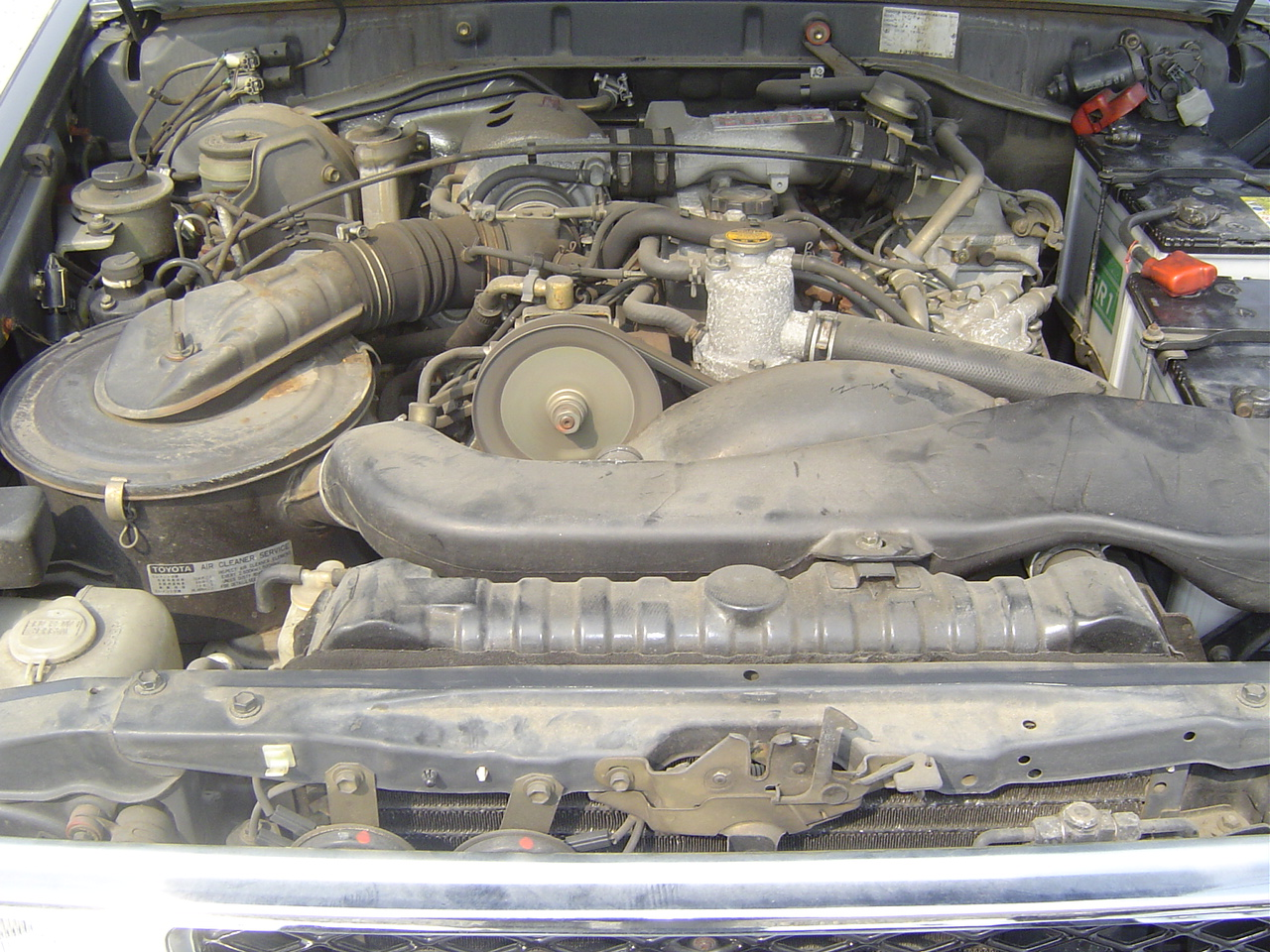 1989 Toyota Landcruiser BJ74 4WD engine