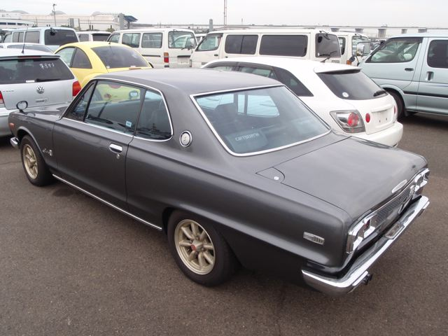 Skyline KGC10 GT coupe 12