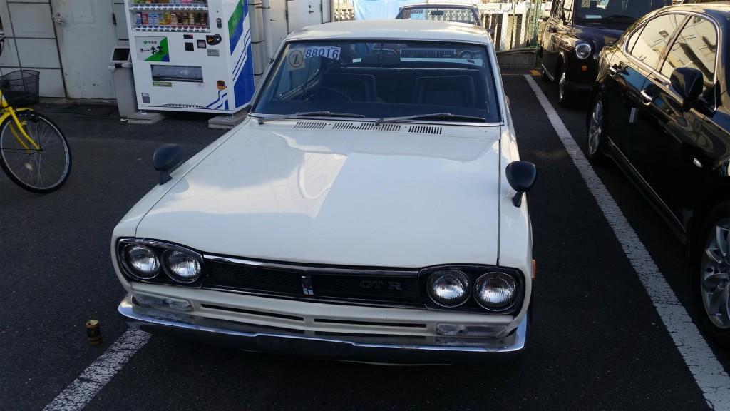 Nissan Skyline KGC10 4