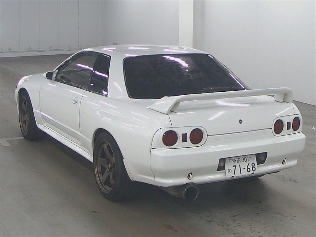 1993 nissan skyline r32 gtr rear2