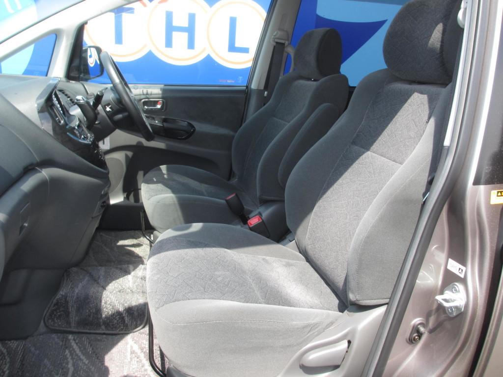 2003 Toyota Estima 3L Aeras S interior