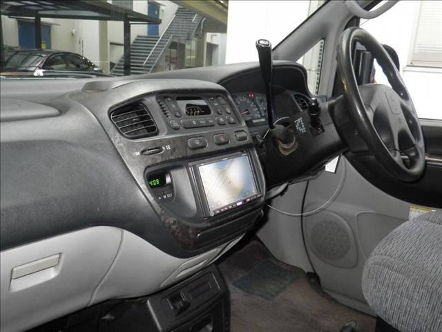 2003 Mitsubishi Delica PD6W Chamonix 7-seater 14