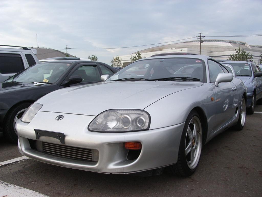 1995 Toyota Supra RZ-S 3L twin turbo front
