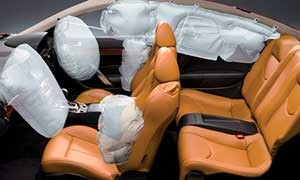 Nissan Skyline Crossover Airbags