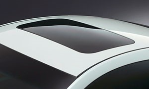 Nissan Skyline Crossover sunroof
