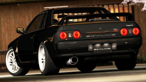 Import an R32 GTR now or wait for 25 year rule ...
