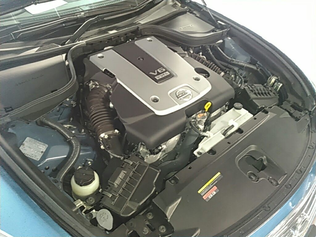 2010 Nissan Skyline V36 8