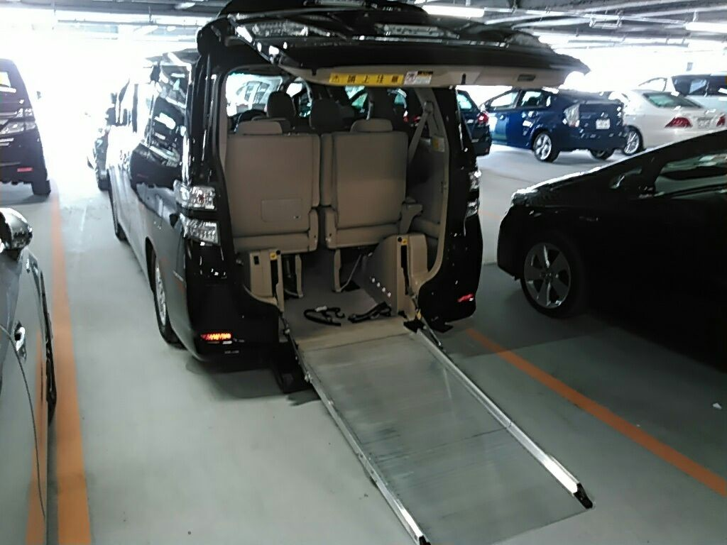 2010 Toyota Vellfire SLOPER WELCAB 1