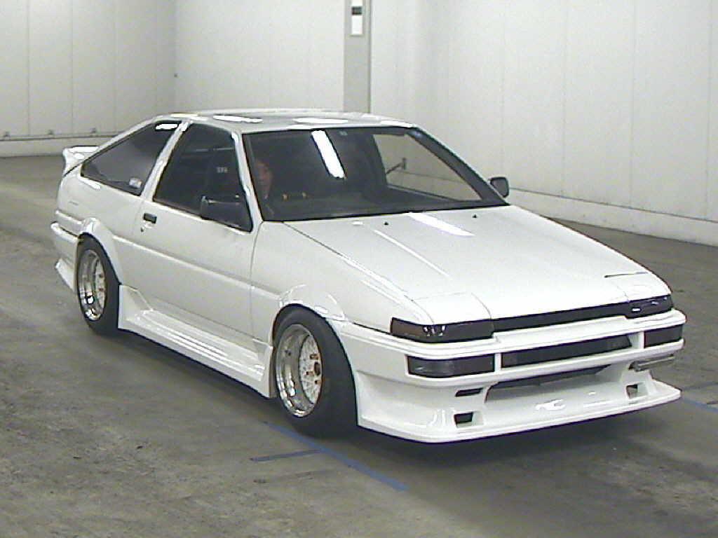 1987 Toyota Sprinter GT APEX front