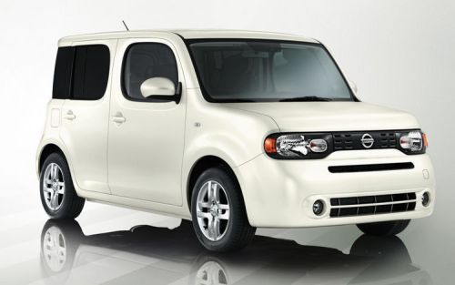 Nissan Cube Z11 white front