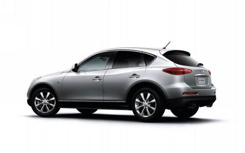 2010 Nissan Skyline Crossover silver