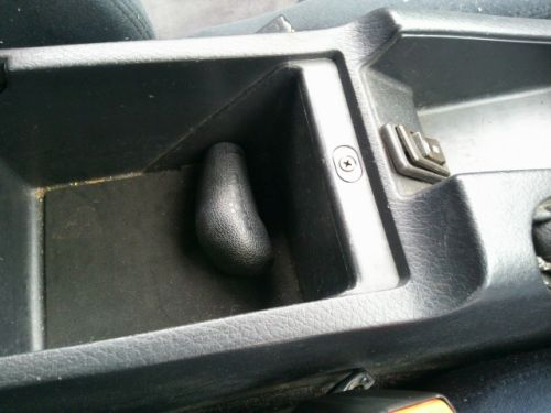 1992 Nissan Skyline R32 GTR silver centre console