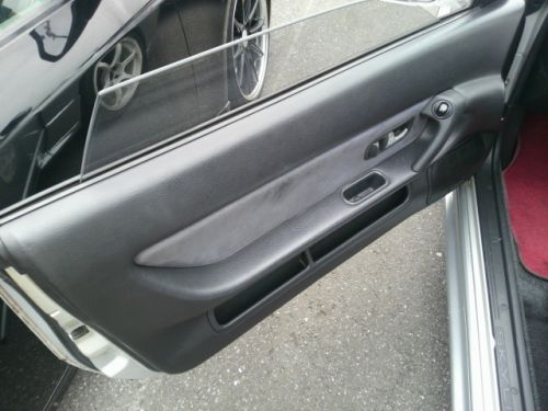 1992 Nissan Skyline R32 GTR silver left door trim