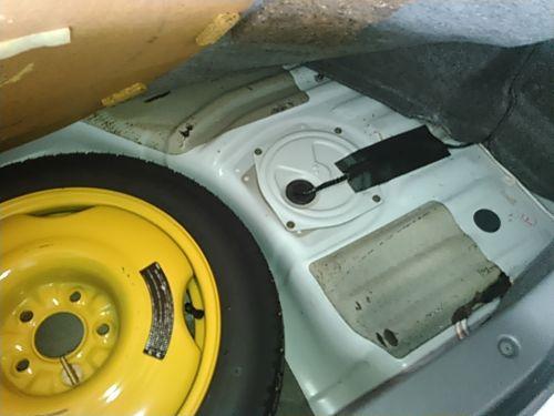 1994 Nissan Skyline R32 GT-R boot original paint